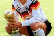 WorldCup Legends / vergissmeintrikot.net  _ Der Stoff, in dem Geschichten stecken