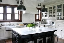 Modern Traditional Kitchens / Traditional Transformed... At Urban Kitchens we understand Modern.  We understand Contemporary.  Great design comes from a true understanding of principles and patterns.