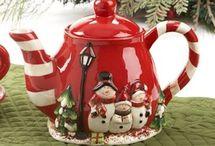 Teapots / by Jeanne Pettit