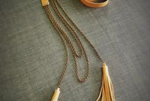 NECKLACE LEATHER