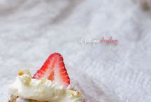 Cheesecake / by Shelly Oberdries
