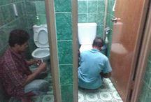 poles kamar mandi/cleaning kamar mandi0811811459