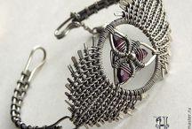 wire.bracelets