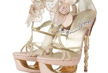 Fabulous shoes / by Lisa Jacobs