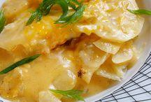 Crockpot Recipes / by Vickie Reid