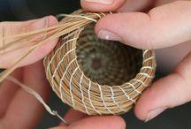 Weaving with pine needle