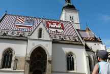 Architektura i fortyfikacje / Niemal każde miasteczko w Chorwacji może się pochwalić pięknym zabytkiem architektury, zapierającymi dech fortyfikacjami czy szczególnie uroczymi promenadami.
