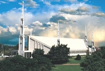 LDS TEMPLES / by Natalia Paladini