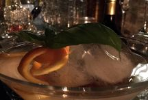 The Silent Makako's Cocktail / So che siamo un po fissati. Tutti i drinks al The Silent Makako sono creati usando ingredienti di altissima qualità. I cocktail è il risultato finale di un processo che inizia al mattino, con l'acquisto delle nostre materie prime e la preparazione dei nostri succhi freschi. Il tempo speso è ampiamente ripagato dalla freschezza dei nostri cocktail.