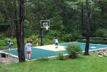 VIP court, residental court, przydomowe boisko sportowe, boisko w ogrodzie / Sport Court; nawierzchnie polipropylenowe; boisko w ogrodzie; boisko przydomowe; Hexa Power; Power Game; Versa Court; Snap Court; courty;