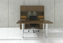 Executive Office Desks / Executive office desks are a great way to showcase luxury style in the workplace. A quality executive desk should offer excellent organization while improving workplace efficiency and productivity.