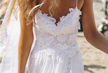 destination wedding dress / destination wedding dress