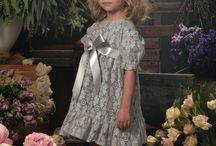 Fall 2016 Toddler Dresses / Children's fashion designers preview their new collections.