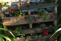 GARDENING IDEAS / upcycling/recycling - making a beautiful practical garden with little effort and no money!!