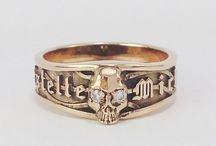 Bijoux Tête de Mort / Bijoux tête de mort en argent ou en or massif.