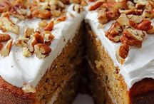 Grain free cakes and deserts / Paleo carrot cake