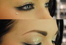 MakeUp <3 / by Rebecca Janowak