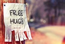 F r e e   H u g s / [sometime a hug is all you need to make feel better]