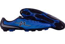 Sepatu Bola / Belanja Online Perlengkapan Futsal dan Bola seperti Sepatu Bola produk Mitre di Indonesia Melalui Situs Mitre.co.id.