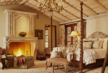 Bedrooms / Master Bedrooms / by Jo Gibbons