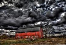 Barns / by Cathy Coker