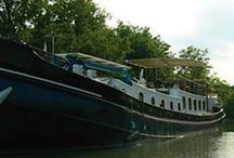 Van Paulinette naar Meerval / Ons varend woonschip, gekocht als Paulinette maar voor ons wordt het de Meerval.   Eerst verbouwen dan wonen en varen!