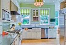 Kitchens / by {Un dulce hogar}