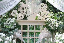 bushel & a pickle historical traditional house & garden wedding