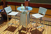 Linha Salinas / A linha Salinas é composta por conjunto de mesa redonda e cadeiras, mesa alta e banquetas.
