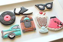 Cookies / by Dawne Gazal