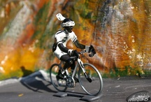 Cycling figures / Cycling figurines die-cast or plastic. Including on demand hand painted ones.