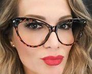 cat eye frames!!!