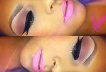 Night/Day Make-Up