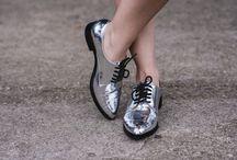 sapatos // femininos