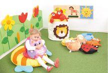 Poduszki i przytulanki / Przyjemne w dotyku i kolorowe poduszki dla najmłodszych