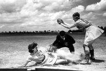 No crying in baseball! / All American Girls Professional Baseball league (1943-1954)