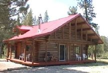 Pet Friendly Vacation Rentals / Pet friendly #cabin rentals offer you an alternative to leaving your pet(s) at home. Pack up and bring your four legged friend with you! At RentMontanaCabins.com you book directly with the vacation owner and avoid booking commissions/fees.