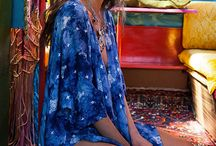 IBIZA COLLECTION / IT'S TIME TO TRAVEL TO THE ISLAND OF PEACE, LOVE AND HAPPINESS WITH HIPPIE LOOKS INSPIRED BY THE ´70S! DANCE ON THE BEACH, STROLL THE CITY STREETS OR EXPLORE THE WILDERNESS IN TRUE BOHEMIAN STYLE. FLOWER POWER TUNICS, KIMONOS, LACE TOPS AND COLOURFUL PONCHOS - LET YOUR GIPSY SPIRIT FREE!