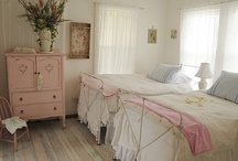 Girl's Rooms! / by Dawn Sweeney