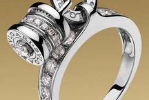 jewelry / by Tarajee Brown