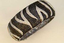 Bracelets / Itay Malkin black diamond bracelets