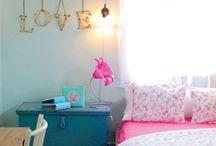 Home: Teen Girl Room / by Soraya Deborggraeve