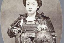 Tarihteki Son Samuraylar / Meiji Restorasyonu ile tarih sahnesinden silinen, Japonların ünlü simgesi 'Samuraylar'ın son dönemine ait, gerçeklerinden renklendirilmiş fotoğraflar.  Kaynak / Source : mashable.com  (Deniz Humması - http://wp.me/p7eZYA-Cz)