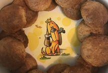 Backen für Hunde / Ihr habt Lust mal selber Kekse für euren Hund zu backen? Dann schaut vorbei.