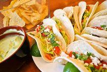 Yummy // Mexican Food / Tasty Mexican food nom noms. http://www.kissmycasa.com