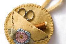 Needle,spool,buttons organizer-Organizator pentru ace,papiote de ate,nasturi