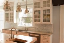 Kitchen Sink / Kitchen sink photos that show how beautiful and varied this kitchen staple can be.  Farmhouse and apron front sinks, single and double bowl sinks, stainless steel sinks, cast iron sinks, imagine the possibilities!