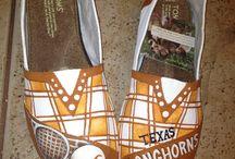 Texas - Hook'em Horns! / by Elena Sal