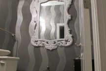 Glamorous Faux Finish in Silver Bling / Silver metallic wavy stripes enhanced with silver mica chips