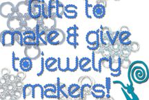 Holiday Jewelry / Searching for last minute handmade jewelry gift ideas or for gifts to give a jewelry maker? You've come to the right place! We also have holiday jewelry projects so you can decorate your home and yourself up! / by Jewelry Making Daily